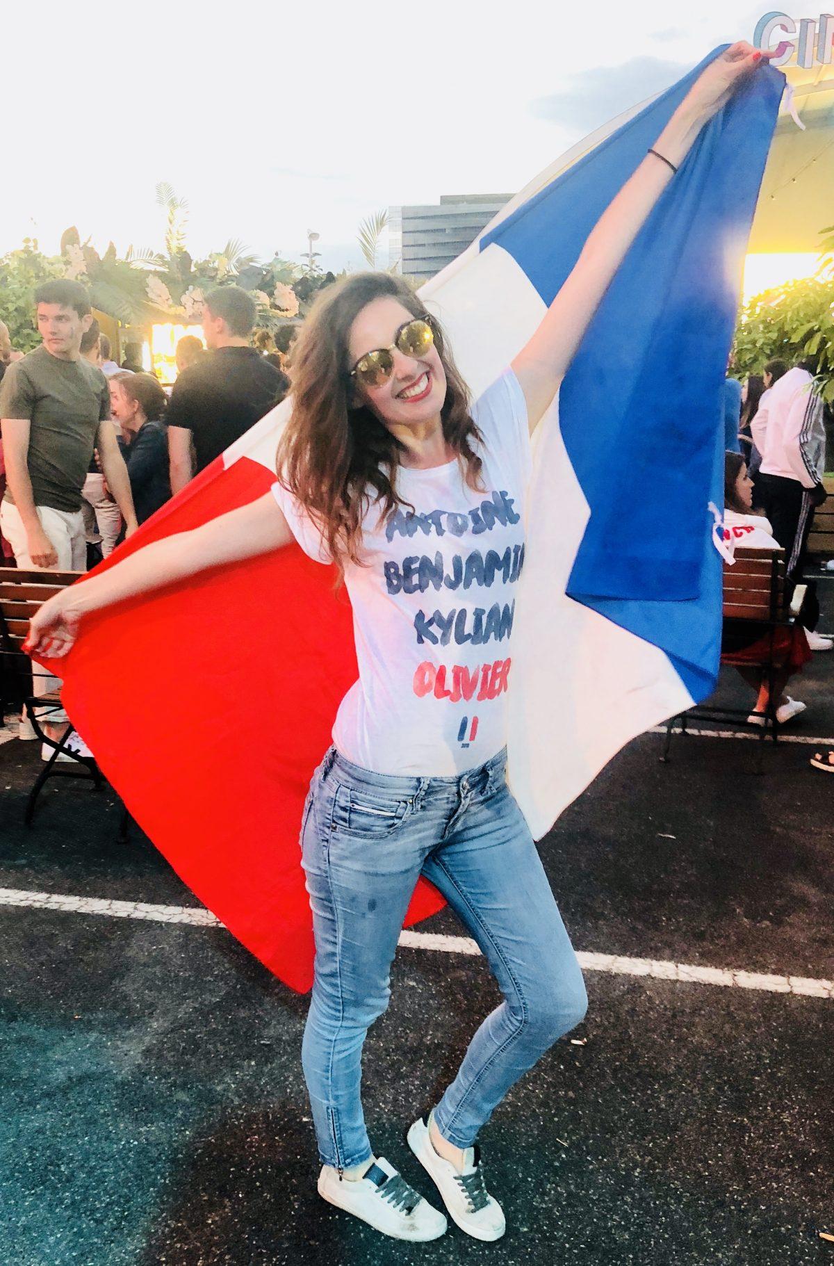 Coupe du monde - Drapeau français - Drôle de Parisienne - Jardin suspendu - Paris